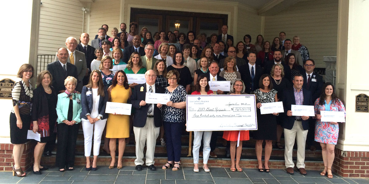 Spartanburg-Regional-Foundation-Grants-Ceremony_2019 (7)_1200x600_Discover-Health.jpg